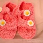 Crochet Baby Hat and sandal..